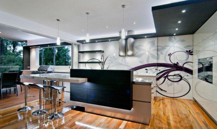Marvellous Designer Kitchen Boasts Many Zones
