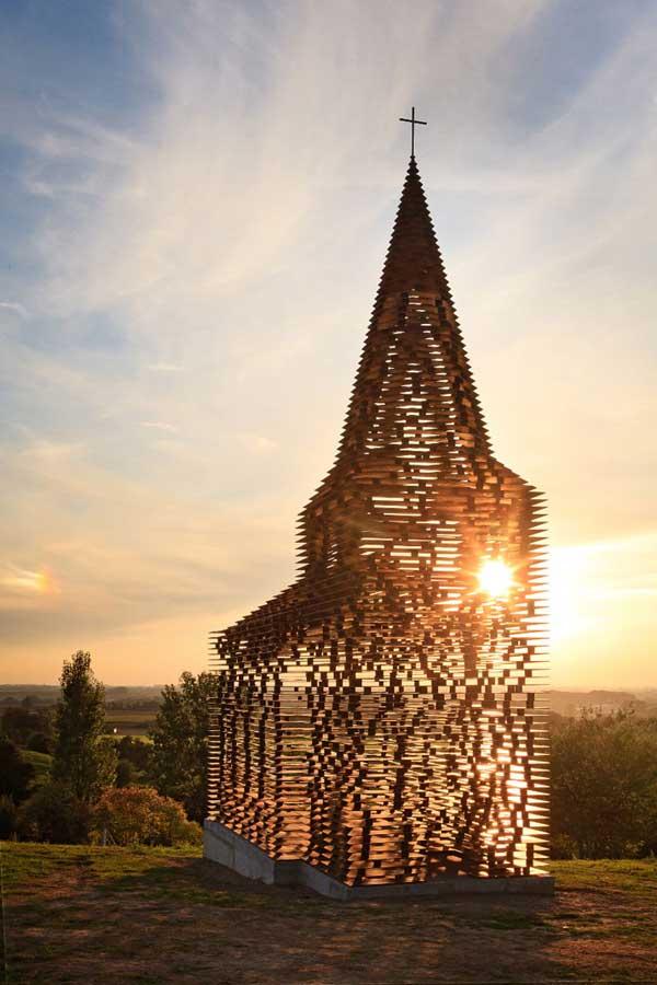 Church-by-Gijs-Van-Vaerenbergh-2
