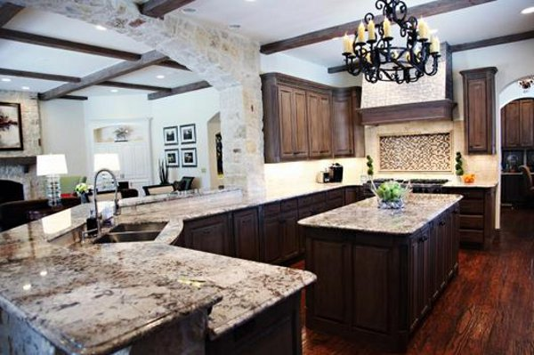 Emily Johnston Larkin's North Dallas home 3