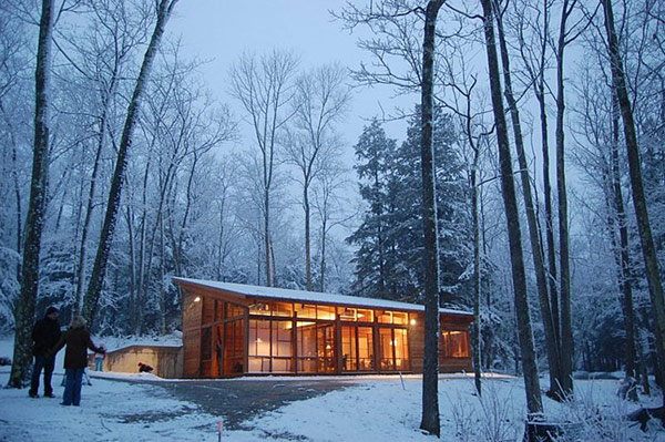 One Room Cabin by Maryann Studio Architects 1 Compact One Room Cabin in Massachusetts is Impressive