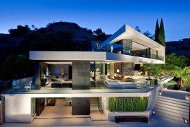Minimalist Openhouse Design in Hollywood Hills, California