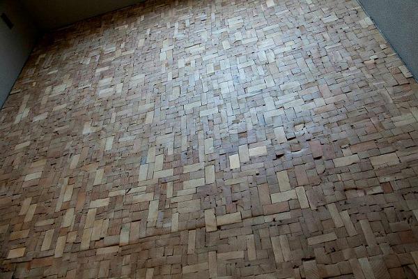 Puzzling-Designed-Bedroom-Floor-4