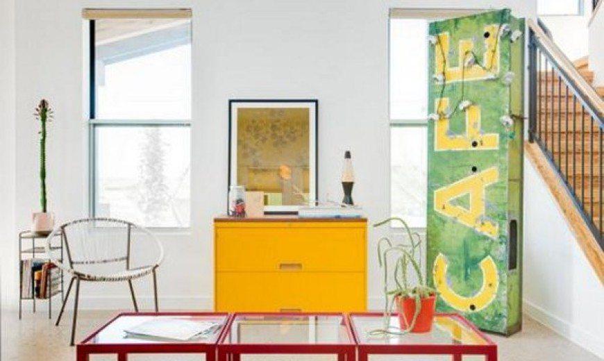 Retro Modern Mansion in East Austin Captivates