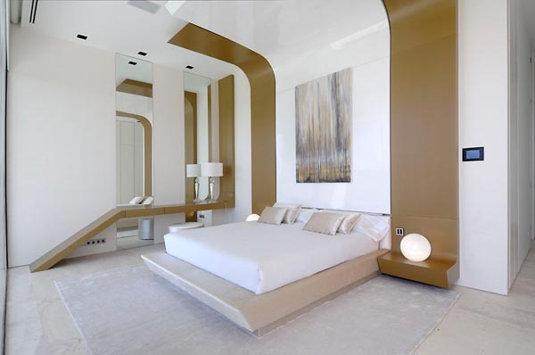 Sensational sculptural residence in La Finca 8