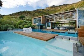 Spa House in Cape Town is a Cool Contemporary Residence