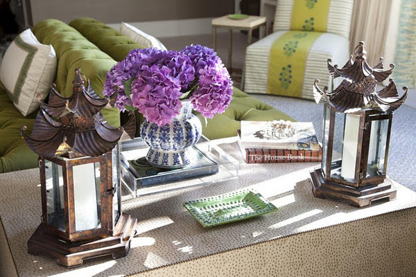 WAYS TO MAKE THE PERFECT COFFEE TABLE VIGNETTE 1 Design the Perfect Coffee Table Vignette