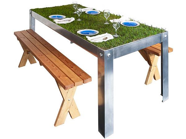 picNYC Real Grass Table 2 picNYC Real Grass Table Brings Rural to the Urban Residence
