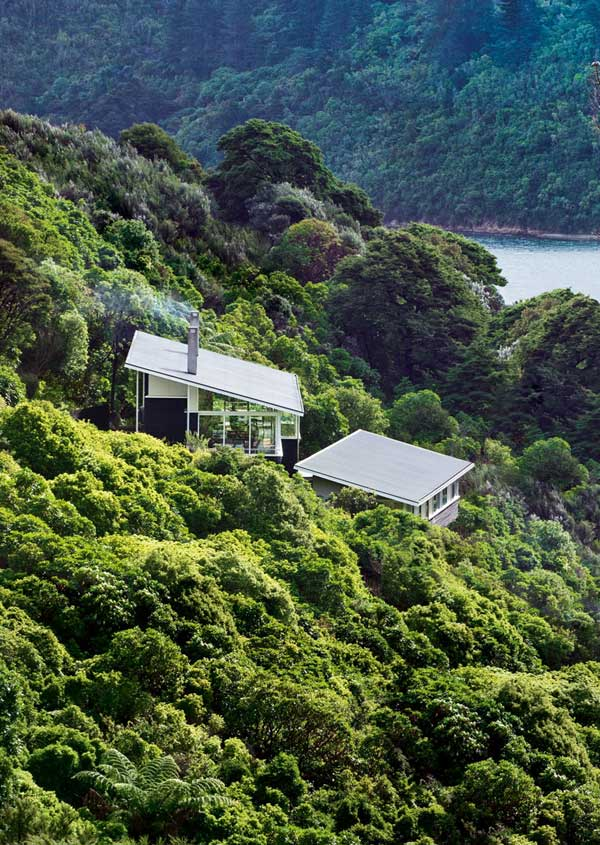 Apple-Bay-House-by-Parsonson-Architects-(4)