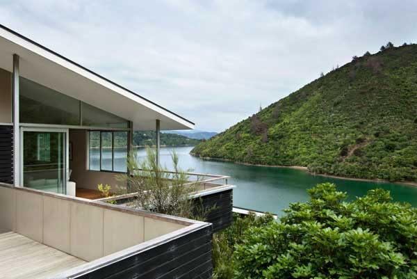 Apple-Bay-House-by-Parsonson-Architects-(6)