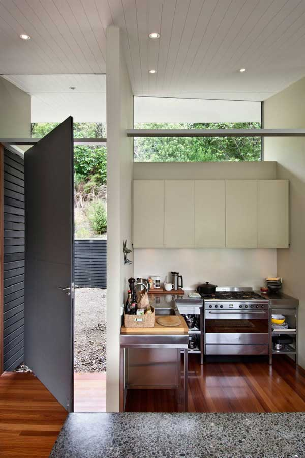 Apple-Bay-House-by-Parsonson-Architects-7