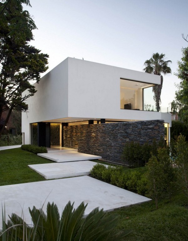 Carrara House 8