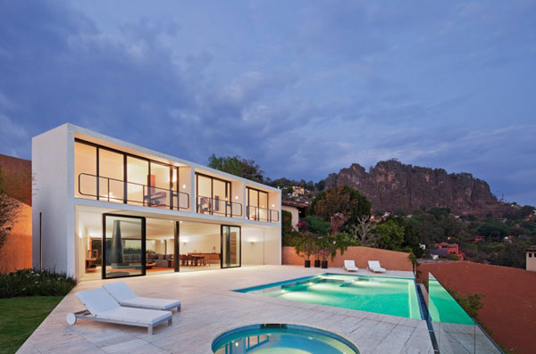 Casa Cardenas  Defining a minimalist lifestyle: Casa Cardenas in Mexico