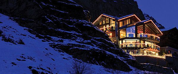 Chalet Zermatt Peak in the Swiss Alps 2 Chalet Zermatt Peak in the Swiss Alps, Probably the Most Luxurious Ski Vacation Ever