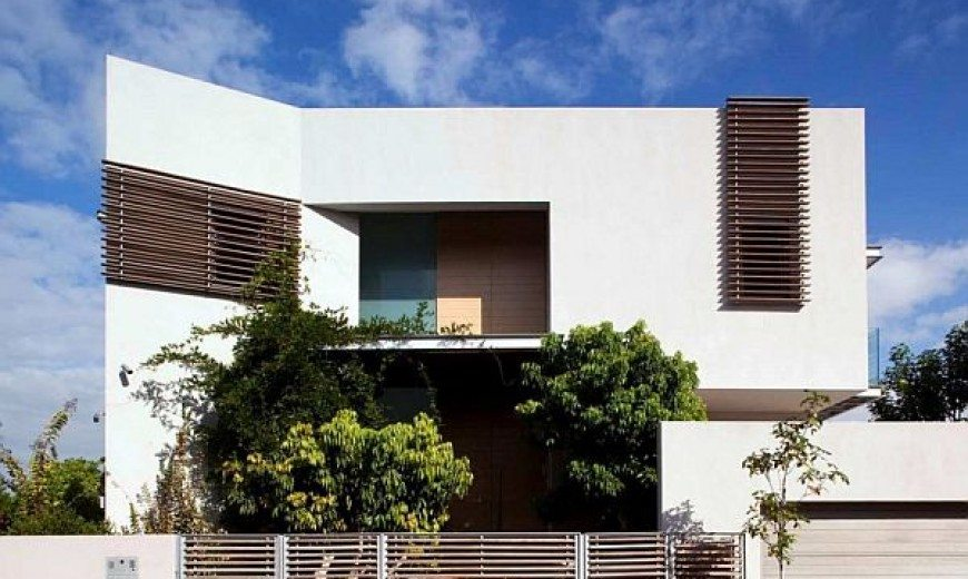 Simplicity Joins Hands with Modernity at DG House