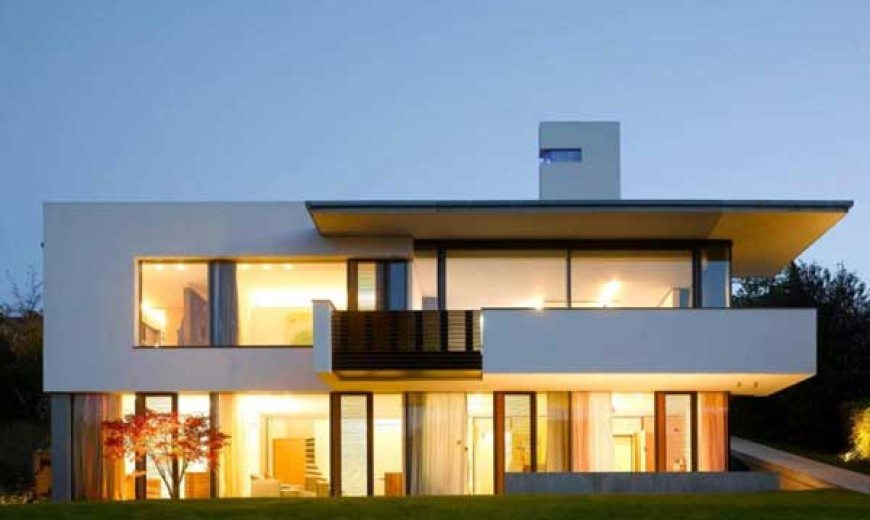 Colored Volumes and Plenty of Natural Light – House B-Wald