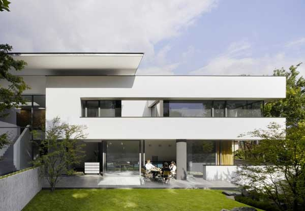 House Heidehof by Alexander Brenner Architects 2 Uncluttered Residential Space in Stuttgart   House Heidehof