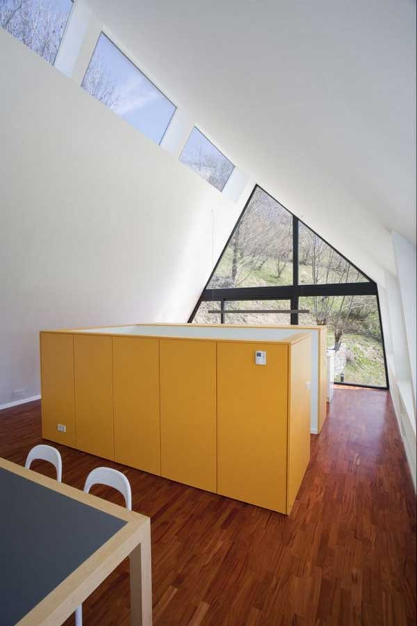 House-in-The-Pyrenees (10)