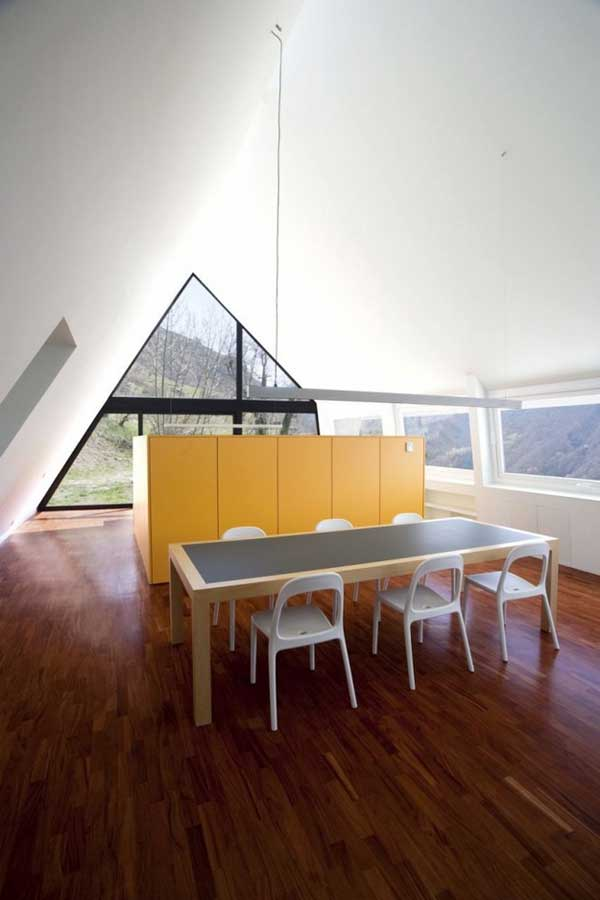 House-in-The-Pyrenees (9)