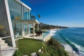 Laguna Beach Residence Sports Semi-Transparent Glass Walls