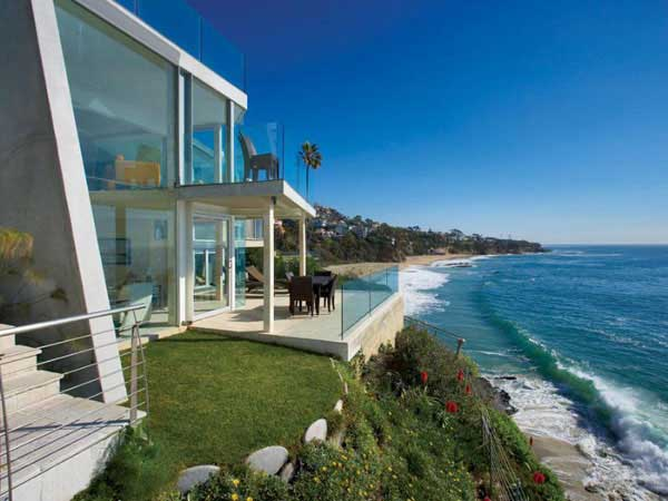 Laguna Beach Residence 1 Laguna Beach Residence Sports Semi Transparent Glass Walls