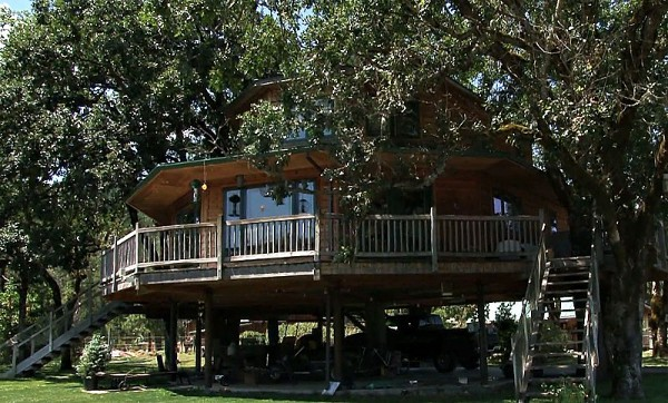 Largest Tree House in the World 1 Largest Tree House in the World is a Perfect Summer Retreat
