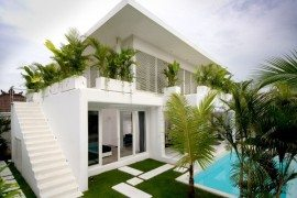 Lovelli Residence in Bali Uses Space in a Creative Way