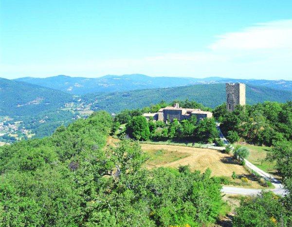 Luxury-Villa-Tuscany-Italy-04