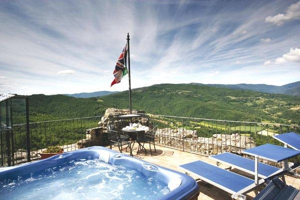 Luxury-Villa-Tuscany-Italy-12