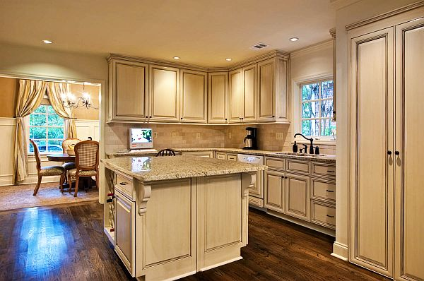 Luxury-kitchen-design-countertop-remodel