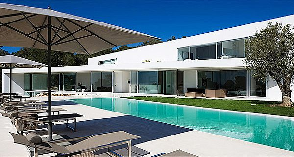 Mesmerizing IXOS House in Spain 2