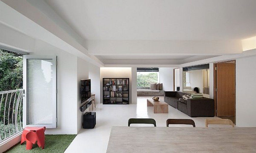 Minimalist Singapore House Redefines Open Spaces Concept