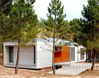 Spain's Nature and Urban Ecology Center: Eco-friendliness at Play by Manuel Fonseca Gallego