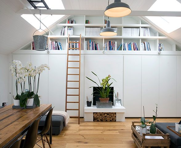 Old Garage Makeover 1 Old Garage Turned Into Fabulous Home (Knott Architects, UK)