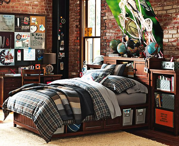 Plaid beadboard bedroom for teenage boys for Bedroom ideas teenage guys