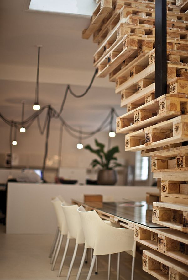 Recycled Pallet Office BrandBase Amsterdam 4