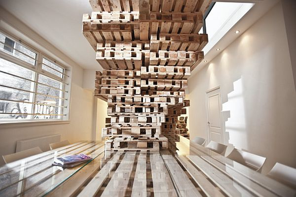 Recycled Pallet Office BrandBase Amsterdam 5