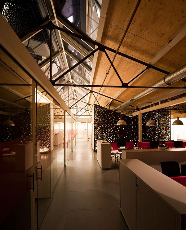 Red-Bull-Amsterdam-Offices-24