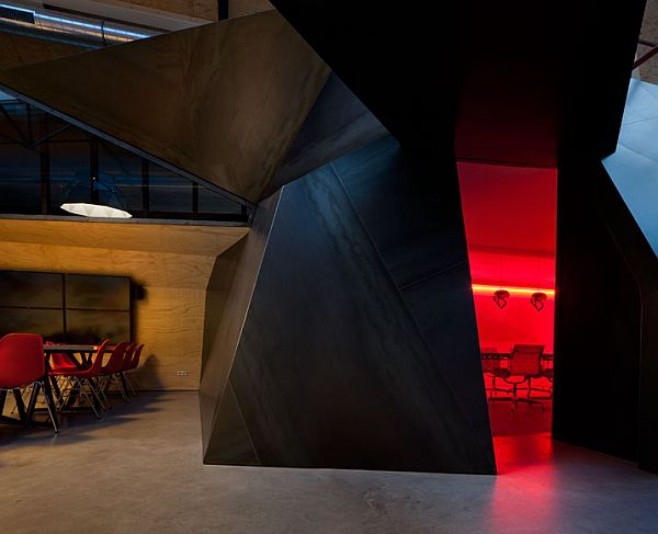 Red-Bull-Amsterdam-Offices-4