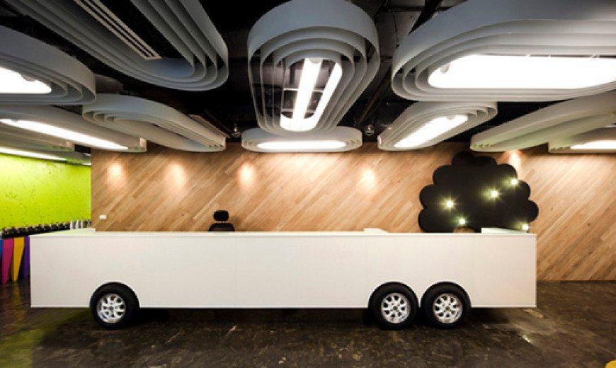 Saatchi-Saatchi Thailand Office Houses Bold Ideas