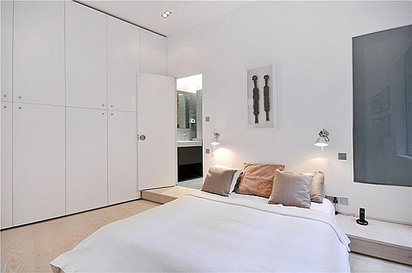 Sophisticated Clink Street Flat 6