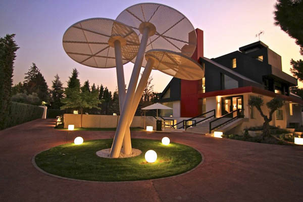 Spectacular-Modern-Villa-4