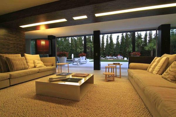 Spectacular-Modern-Villa-5