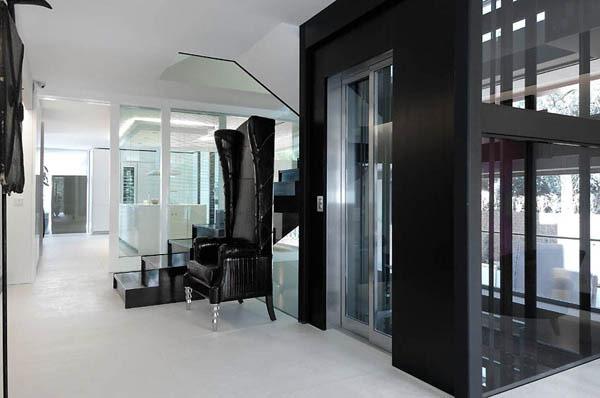 Spectacular-Modern-Villa-8