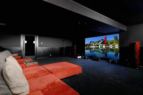 Spectacular-Modern-Villa-9