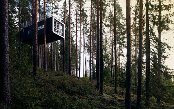 Sweeden-Treehotel-Cabin-1