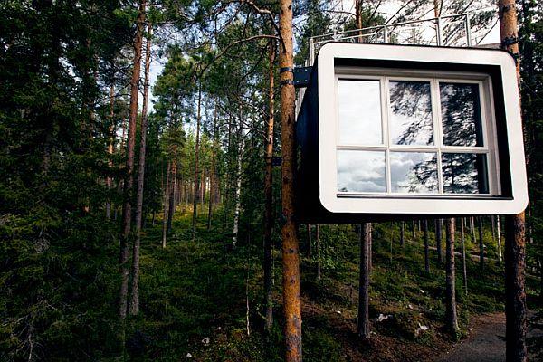 Sweeden-Treehotel-Cabin-3