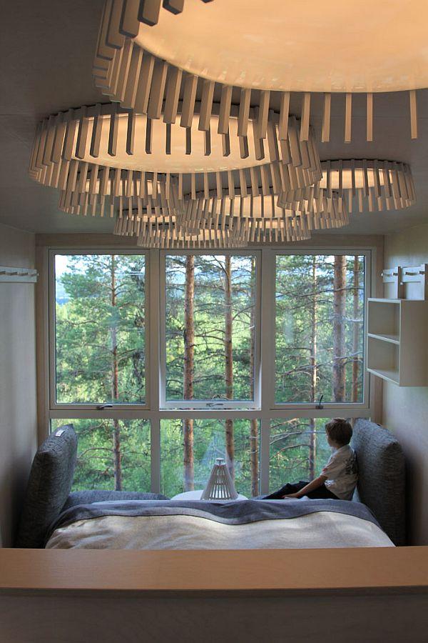 Sweeden-Treehotel-Cabin-4