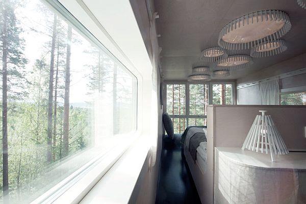 Sweeden-Treehotel-Cabin-6