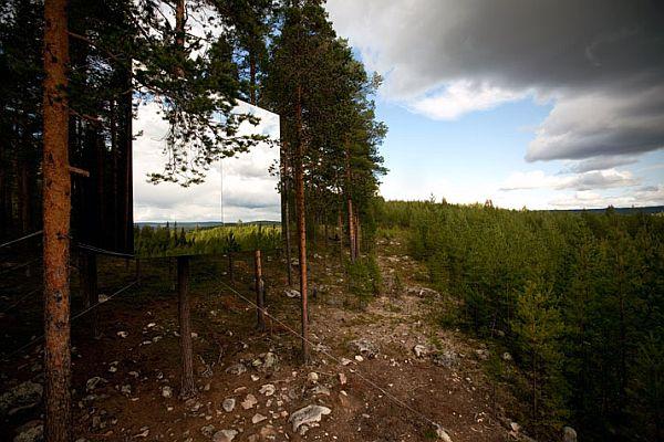 Sweeden-Treehotel-Mirror-Cube