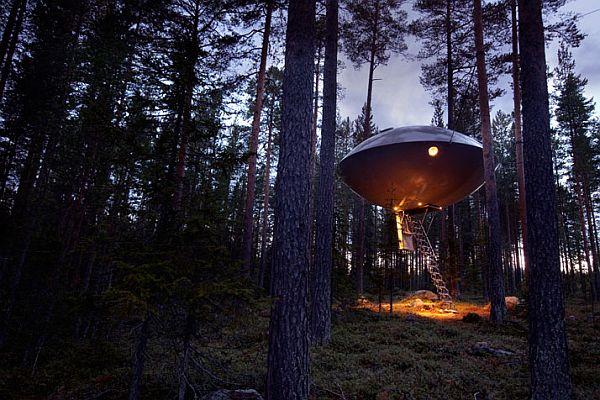 Sweeden-Treehotel-UFO-1